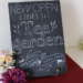 黒板チョークアート・NEW OPEN看板でリボン装飾の描き方